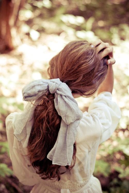 一个人孤独的背影 唯美女生背影图片