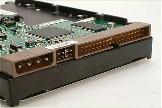 IDE SATA SCSI SAS FC SSD硬盘类型
