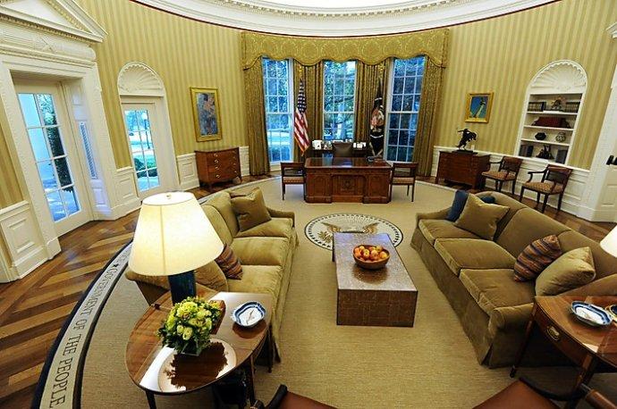 美国总统的办公室:椭圆形办公室和坚毅办公桌